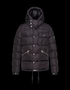 ファション性の高い  2017秋冬  モンクレールMONCLER ダウンジャケットふわふわな感触_品質保証