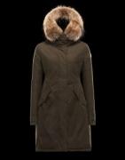 マストアイテム  モンクレール MONCLER 2017秋冬 ダウンジャケット厳しい寒さに耐える_品質保証