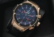ウブロメンズ 時計 hublot時計自動巻きキングパワー F1グレートブリテン日付表示 サファイヤクリスタル風防 ラバー 703.OM.6912.HR.FMC12_品質保証