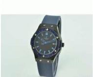 HUBLOT ウブロ スーパーコピービックバン 女性用腕時計 レディース ブラック時計 日付表示 シンプルウォッチ ラバー ブルー_品質保証