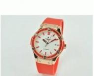HUBLOT ウブロ クラシック フュージョンレディース時計 日付表示 38MM ダイヤベゼル ゴールド ラバー レッド 女性用腕時計 生活防水_品質保証