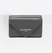 人気 BALENCIAGA バレンシアガ 財布 エンボスロゴ レザー カーフスキン 504564DLQ0N1110 ペーパー ミニ ウォレット グレー 三つ折り財布