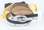 ルイ ヴィトン LOUIS VUITTON2019春夏の必須アイテム メンズ/レディース  多色可選 ベルト  ウェアに取り入れるのが今季流