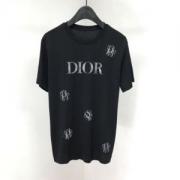 半袖Tシャツ 最新ファッションのポイント  ディオール 2019年春夏のトレンド DIOR キレイめな印象を与えてくれ 2色可選 人気は衰えず!
