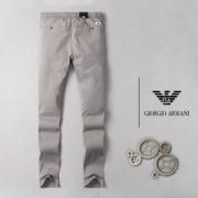 ファッションに取り入れたスタイル  デニムパンツ アルマーニ ARMANI 2019春夏新作コレクション 人気急上昇中