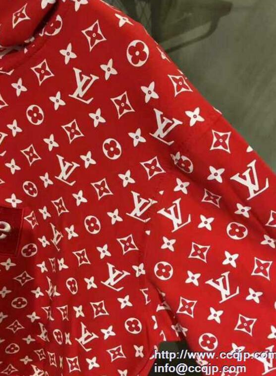 ブランド 偽物 激安_2020ss 大人気 シュプリーム ルイヴィトン コラボ Louis Vuitton x Supreme Box Logo Hooded Sweatshirt  レッドパーカー コットン 男女兼用