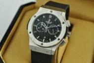 新品 安いHUBLOT ウブロビッグバン ウォッチメンズ 時計 男性用腕時計 日付表示ラバー 44MM ブラック文字盤521.NX.1171.RX_品質保証